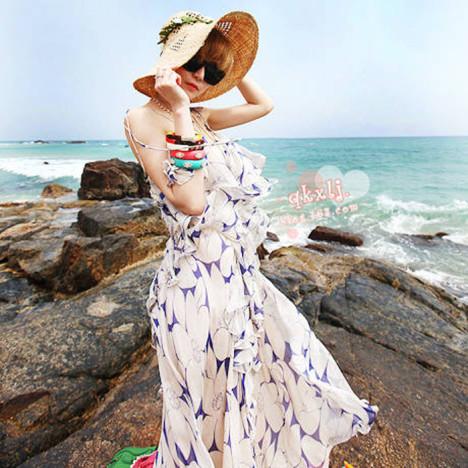 时尚纯色连衣裙 沙滩裙