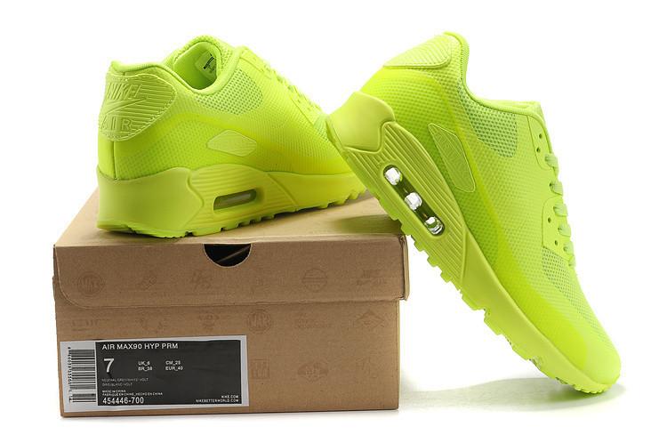 耐克荧光绿鞋搭配图片