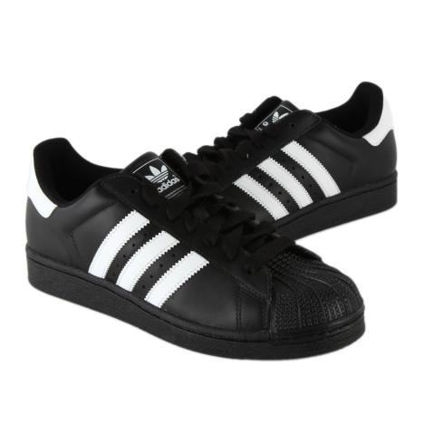 阿迪达斯黑色板鞋搭配图片