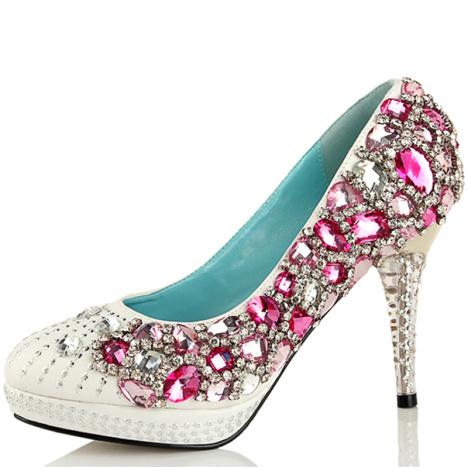 红色白色高跟结婚鞋子新娘鞋水钻串