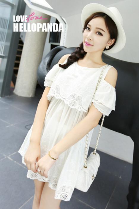 韩国刺绣钩花露肩白色棉质连衣裙