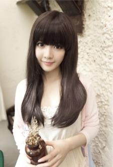 长头发美女图片