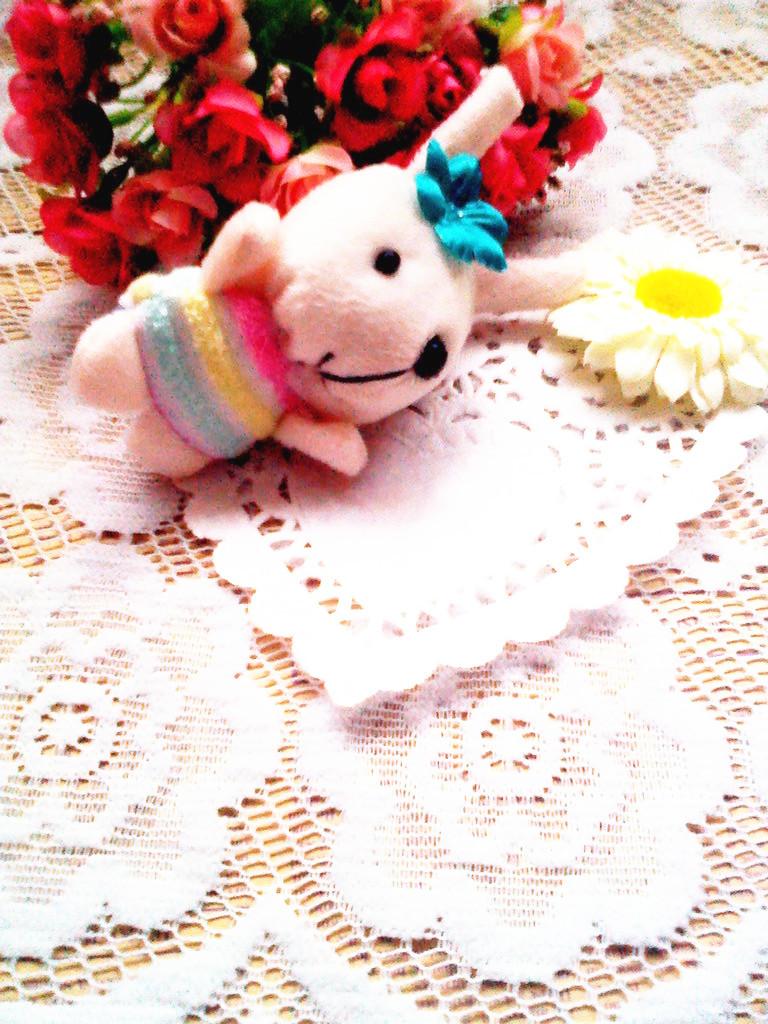 嘿嘿,店家很好阿,还送了这么可爱的小兔子. - 蘑菇街