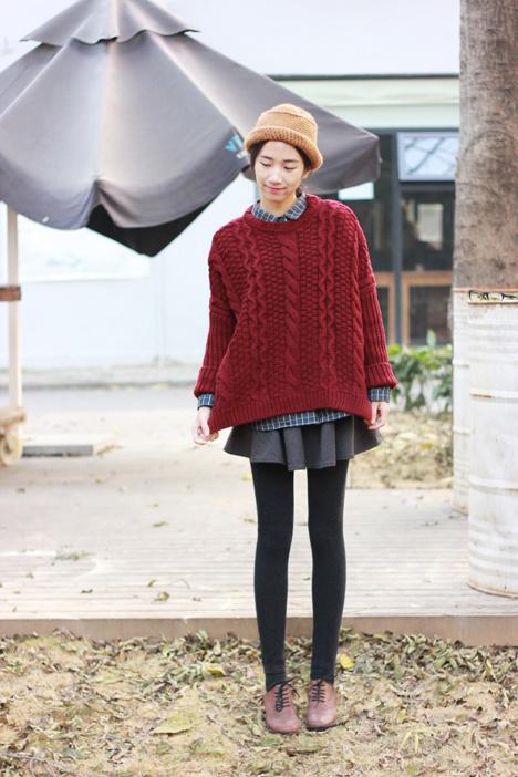 大红色短款毛衣搭配图片