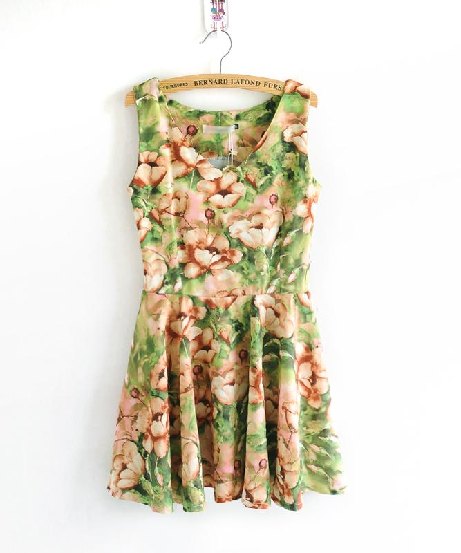 【韩版夏装花朵背心裙】-衣服-裙子