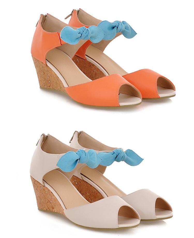 糖果色蝴蝶结坡跟凉鞋