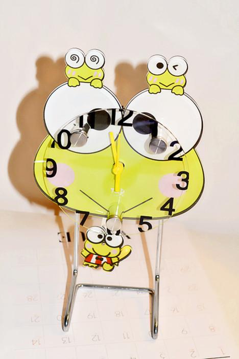 【可爱青蛙摇摆家居小台钟】-配饰-其他家居饰品_家居