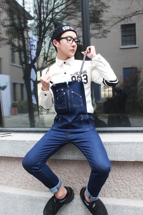 冬天背带裤搭配图片_冬天背带裤如何搭配