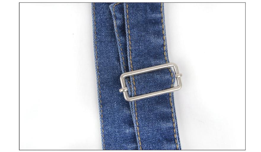多扣百搭铅笔小脚牛仔裤