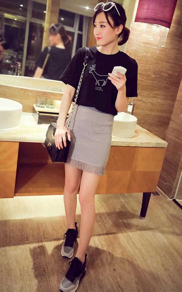 【铅笔画刺绣小动物t恤】-衣服-服饰鞋包