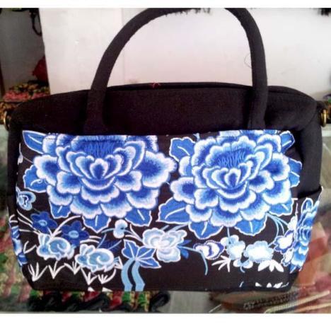 云南民族风包包女士包手提包刺绣包复古牡丹羌族绣花