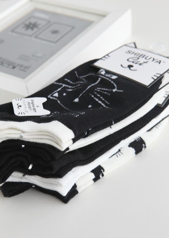 五双 日系原宿潮人黑白猫船袜