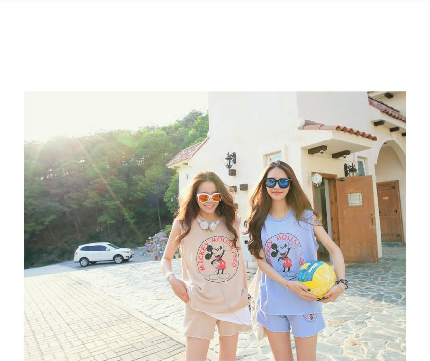 休闲时尚哦,韩国学院风简约小可爱闺蜜运动套装,休闲姐妹装非常不错哦