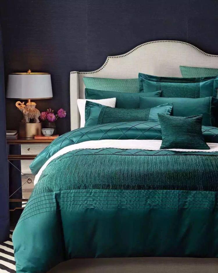欧式轻奢水洗真丝贡缎四件套高端绿色立体褶皱扭花纯色纯棉床
