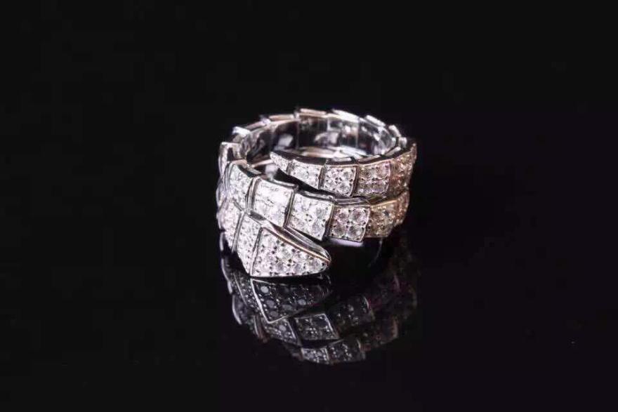 经典宝格丽蛇形戒指,两圈三圈都
