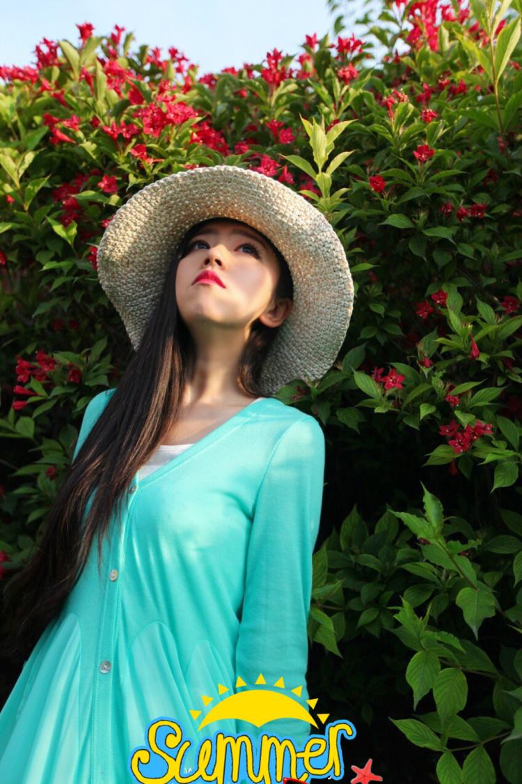 已经感受到炎炎的夏日,长头发的妞妞们又要饱受煎熬了,不过,首先要美!