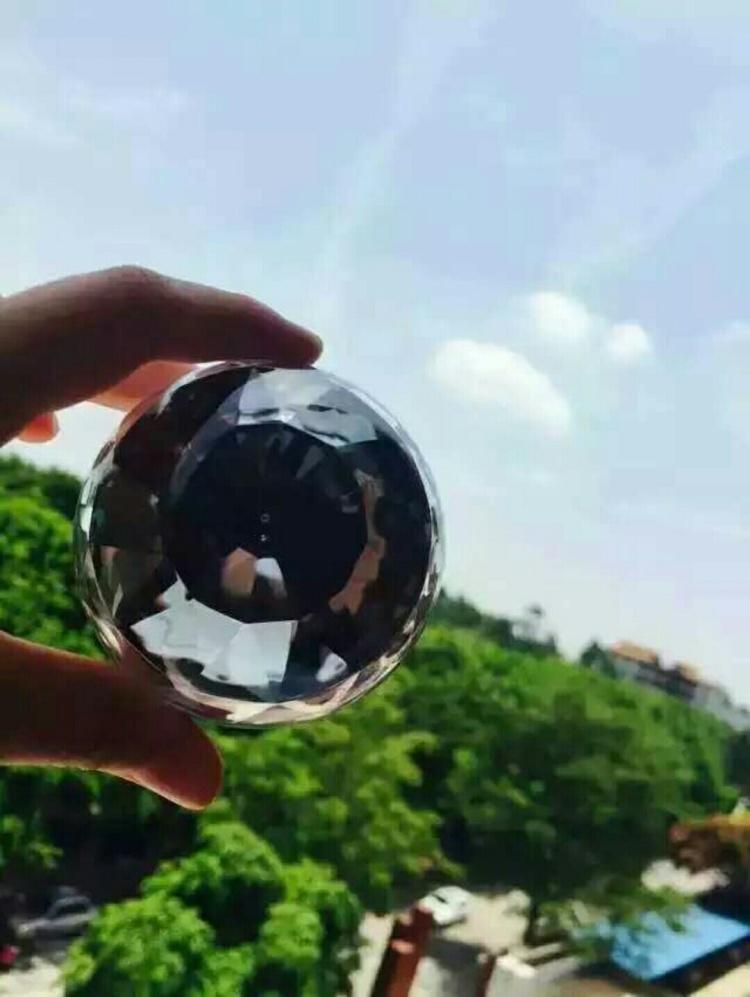 【芭比瓷肌素颜霜 真正的素颜】--qq