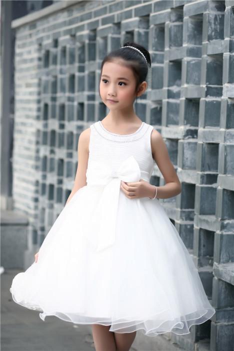 白色连衣裙,公主礼服,儿童婚纱 ,镶钻礼服