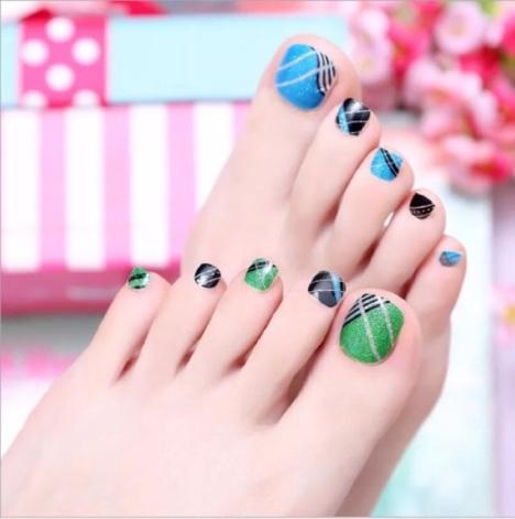 16种花纹脚指甲贴可爱清新,好看包邮喜欢的拍下备注型号或者联系客服