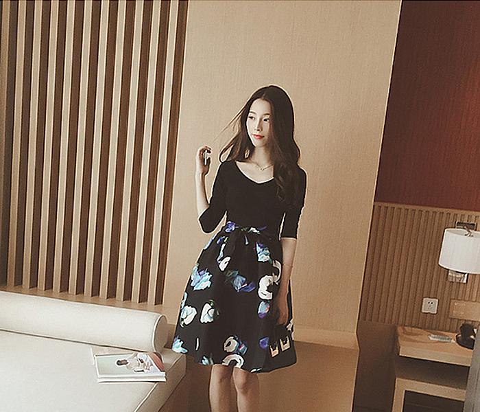 【【半岛家】v领五分袖花朵蝴蝶结腰带连衣裙】-衣服