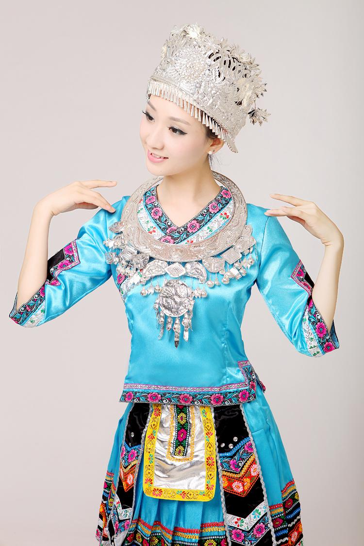 新款苗族服装舞蹈演出服云南少数民族服饰壮族女装湘西瑶族表演服