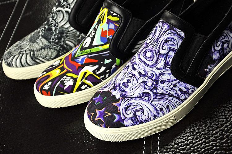 鞋子彩绘的步骤方法