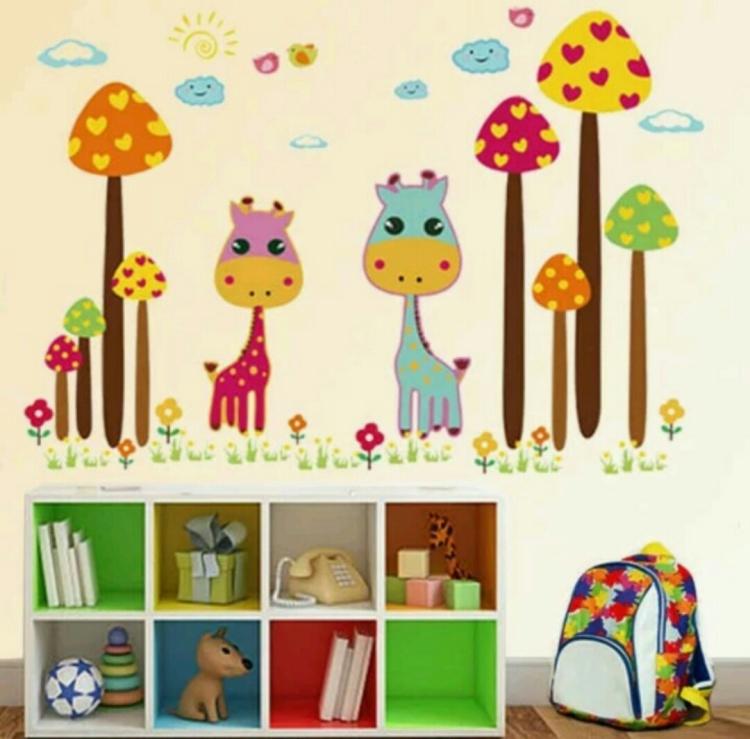 可移除卡通动物墙贴 儿童房背景装饰客厅卧室幼儿园