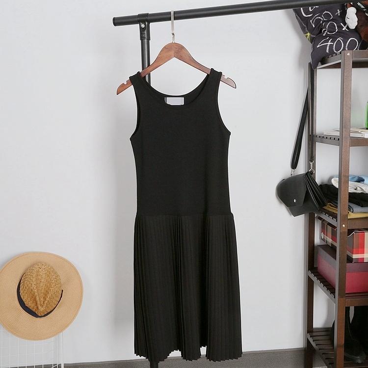 【连衣小黑裙!