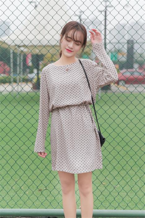 春季新款 甜美小树叶收腰长袖连衣裙