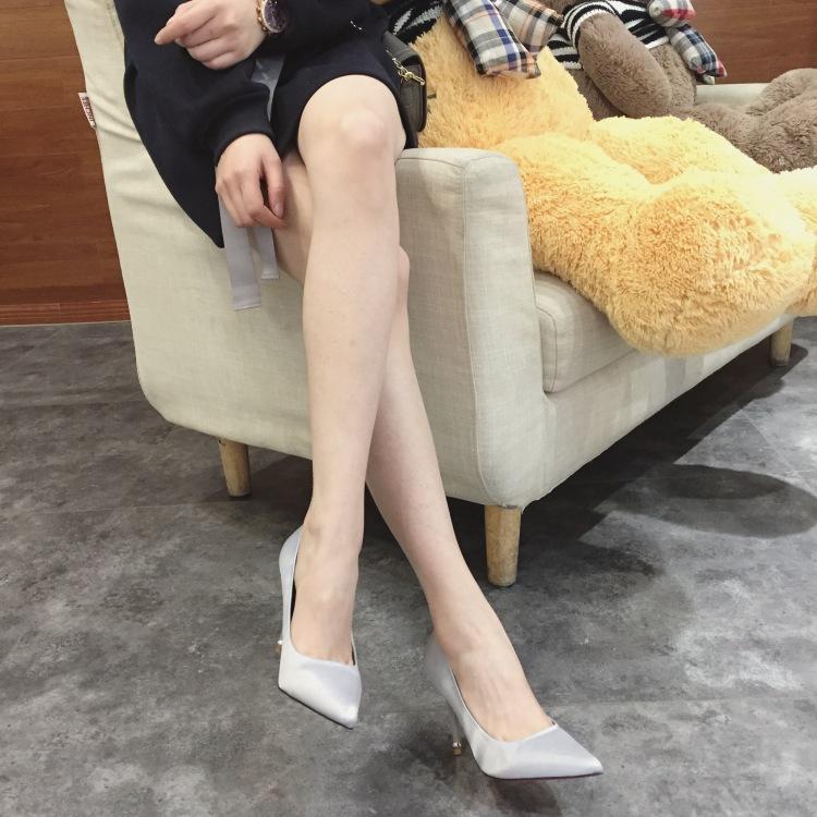 【杨幂同款】韩版名媛风绸缎面细跟尖头高跟鞋