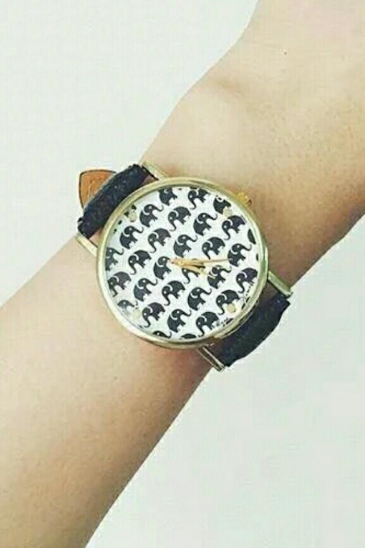 这款比较适合女生戴 / 手表带长约23.5cm 宽约2cm 表盘约3.
