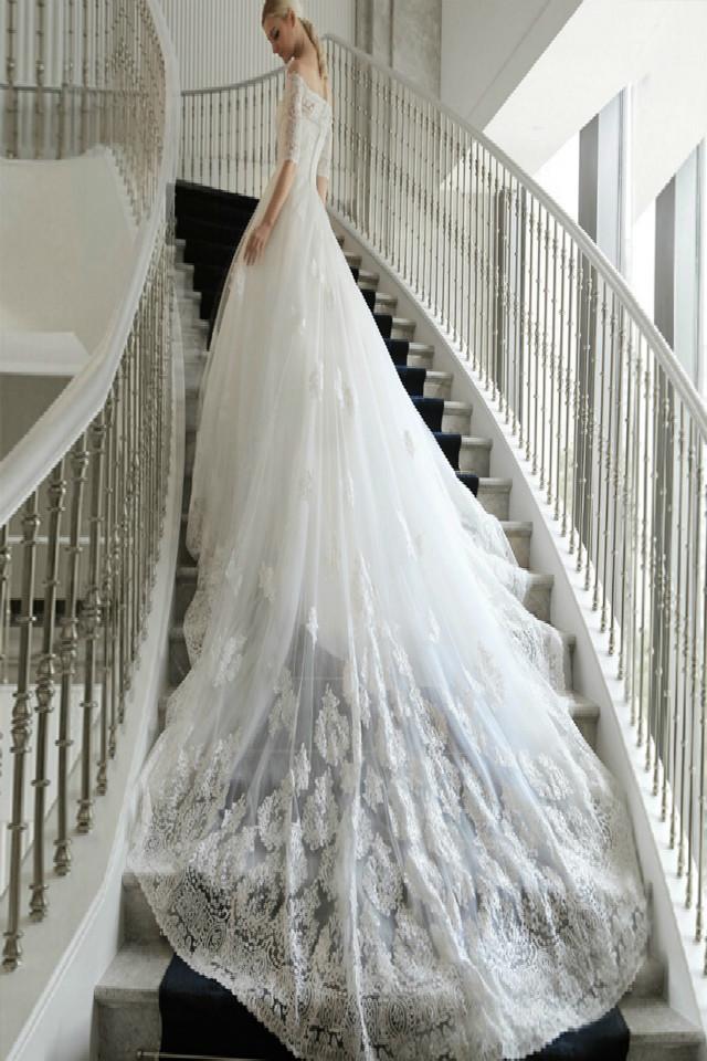 新款 欧式新娘婚纱长拖尾春款简约一字肩蕾丝婚纱仙