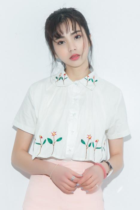【2016夏装日系森女小清新碎花刺绣白色衬衫学院风女
