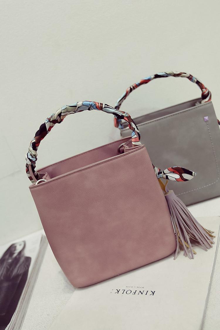 名媛气质流苏丝带手提包,包包尺寸:下宽19cm 高20cm 底厚11cm
