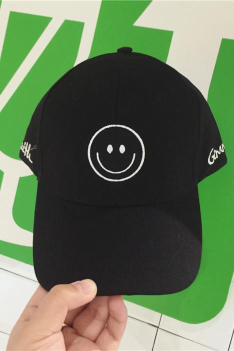 笑脸鸭舌帽男,韩版新款情侣帽