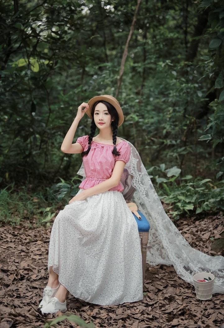 【dtwo】甜美可爱碎花半身长裙