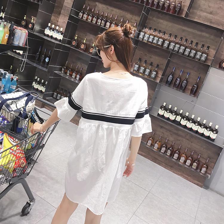 学院减龄简约黑白拼喇叭袖连衣裙