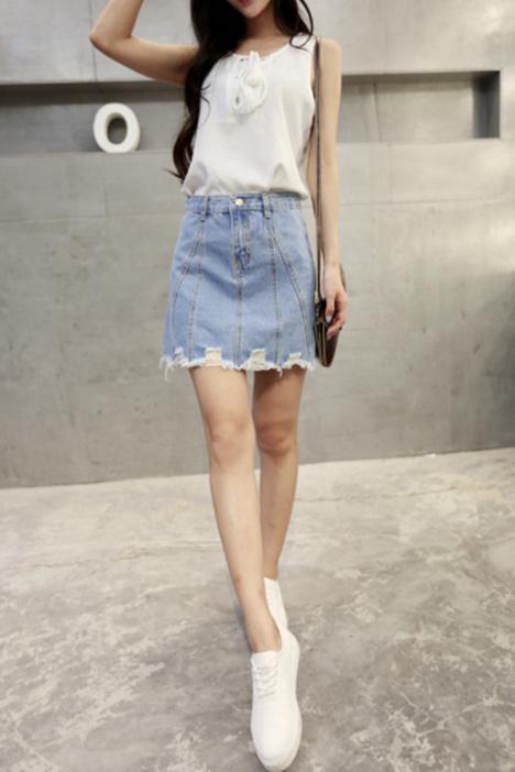萍萍-新款韩版做旧磨破高腰牛仔短裙
